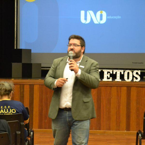 INQUIETOS PARTICIPAM DE PALESTRA COM RAFAEL ALBUQUERQUE