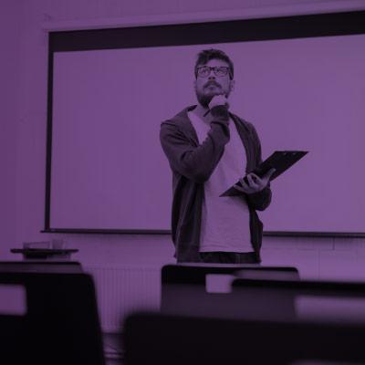 LEGADO DO PROFESSOR É TEMA DE PALESTRA COM ROSSANDRO KLINJEY